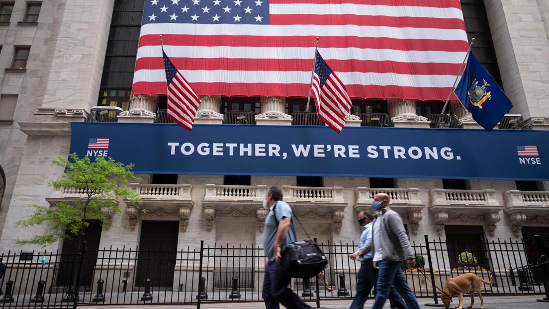 La economía de EE.UU. cae un 5 % anual en el primer trimestre de 2020