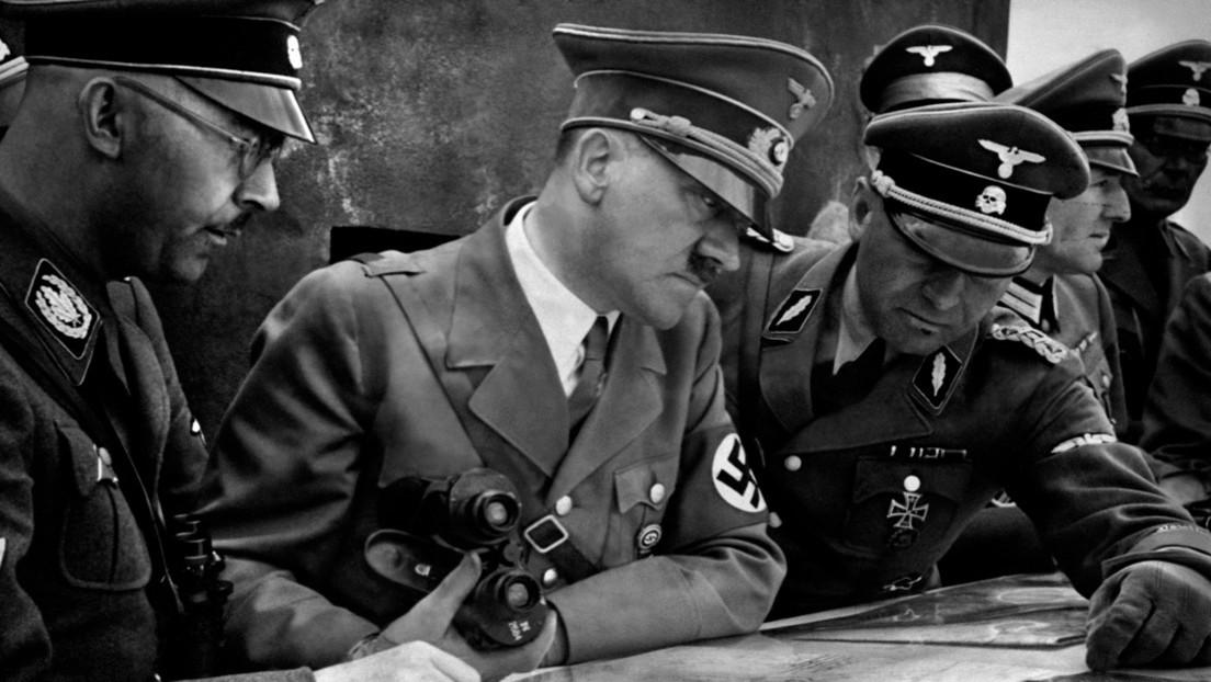 Calendario nazi para el 2021 provoca un escándalo internacional
