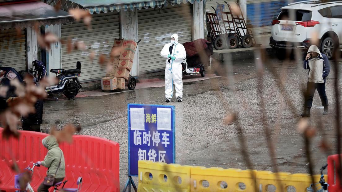 Un estudio pone en duda que el coronavirus se originara en el mercado de mariscos en Wuhan