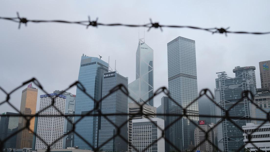 Reino Unido ampliará los derechos de visado para 3 millones de residentes de Hong Kong pese a las amenazas de China