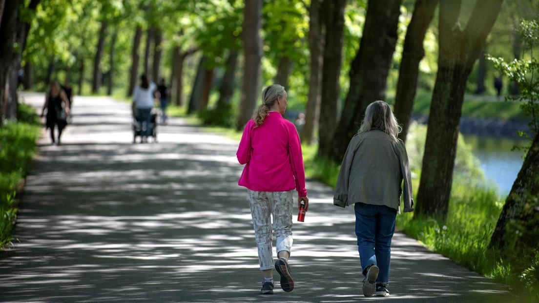 Suecia toma el liderazgo de la semana en mortalidad por covid-19