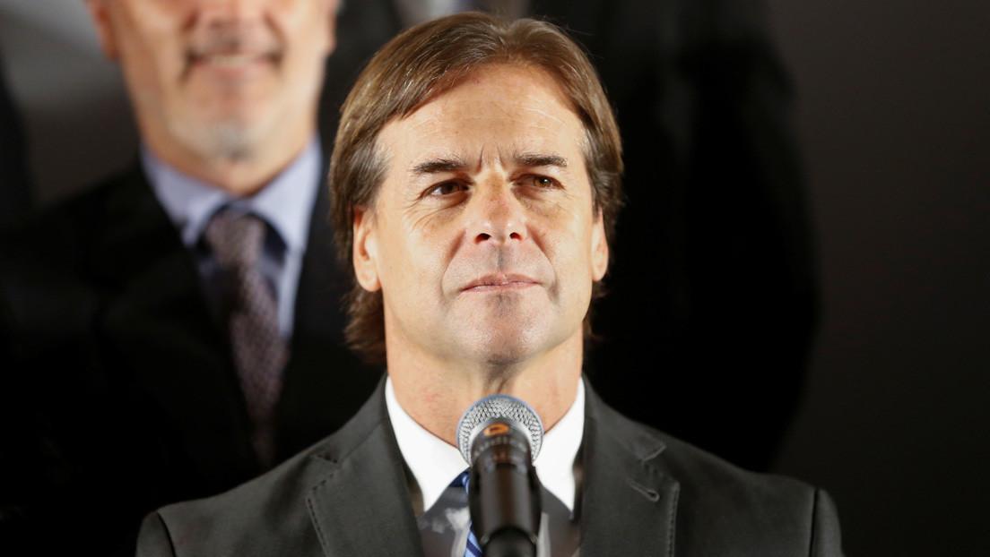 Presidente de Uruguay y varios de sus ministros entran en cuarentena por haberse reunido con una infectada de coronavirus
