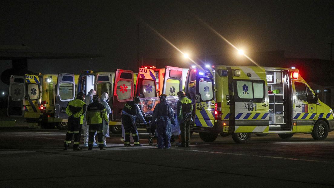 Una mujer con coronavirus sufre un accidente en Chile y las 29 personas que la socorren son puestas en cuarentena