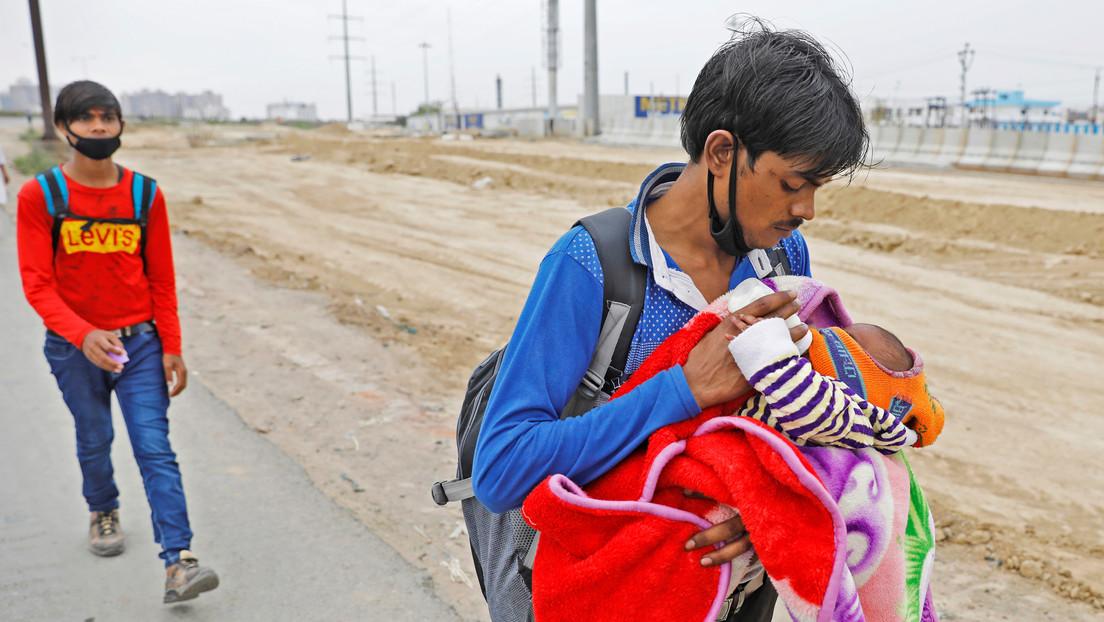 VIDEO: Rescatan a un bebé recién nacido que fue enterrado vivo en la India