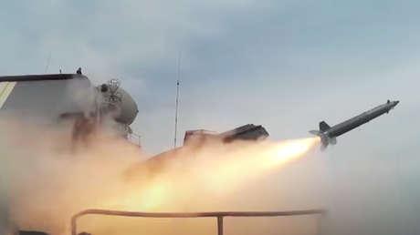 VIDEO: Buques de la Flota Rusa del Pacífico realizan ejercicios tácticos en el Lejano Oriente