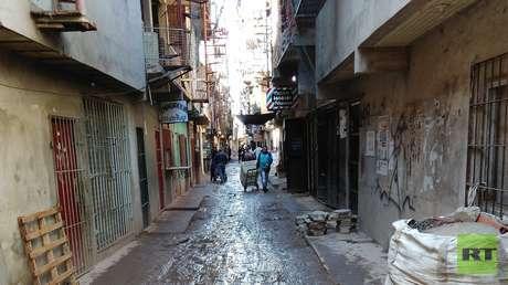 Las villas argentinas, sin servicios básicos y con hacinamiento: cuando el coronavirus demuestra que entiende de clases