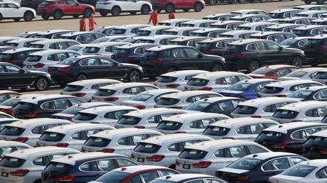 """Exministra de Exteriores austriaca señala que la industria automotriz vive """"un descenso inédito y una transformación importante"""" y vaticina su futuro"""
