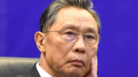 """Un famoso científico chino revela una característica """"inesperada"""" del covid-19 y duda que la inmunidad de grupo llegue pronto"""