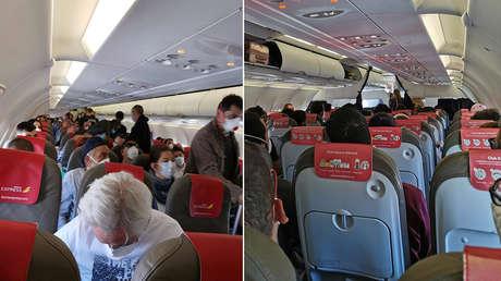 """""""El que se quiera bajar, que se baje"""": Un vuelo repleto de pasajeros entre Madrid y Gran Canaria hace estallar la polémica en medio de la pandemia"""