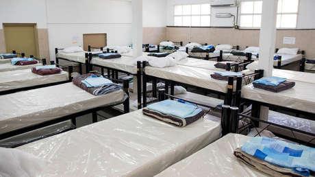 Confirman 79 casos de coronavirus en un refugio para personas sin techo en Buenos Aires y deciden cerrarlo