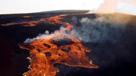 Identifican en Hawái el volcán más grande del mundo, dos veces mayor que el 'destronado' Mauna Loa