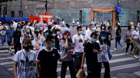 OMS: El mundo se encuentra en la mitad de la primera ola de la pandemia y existe el riesgo de un segundo pico en esta ola