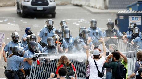 VIDEOS: Protestas en Mineápolis y Los Ángeles por la muerte de George Floyd terminan en disturbios y saqueos