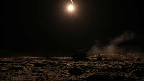 Una bola de fuego ilumina el cielo de Armenia como fuegos artificiales (VIDEOS)