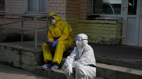 Autoridades sanitarias rusas predicen una segunda ola de coronavirus en otoño, junto con un aumento de la gripe