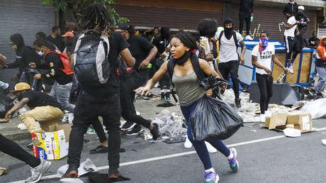 Saqueos, vandalismo y patrulleros en llamas: manifestantes causan destrozos en Filadelfia (VIDEOS)