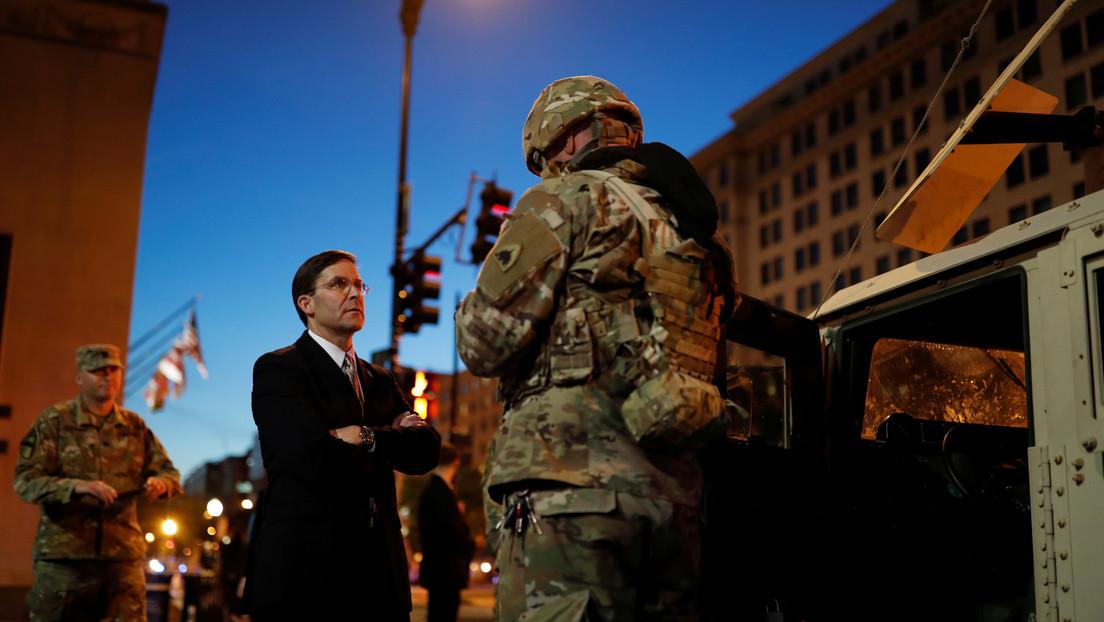 VIDEOS: Altos funcionarios de la Casa Blanca realizan visitas a los cordones militares en Washington en medio de las protestas
