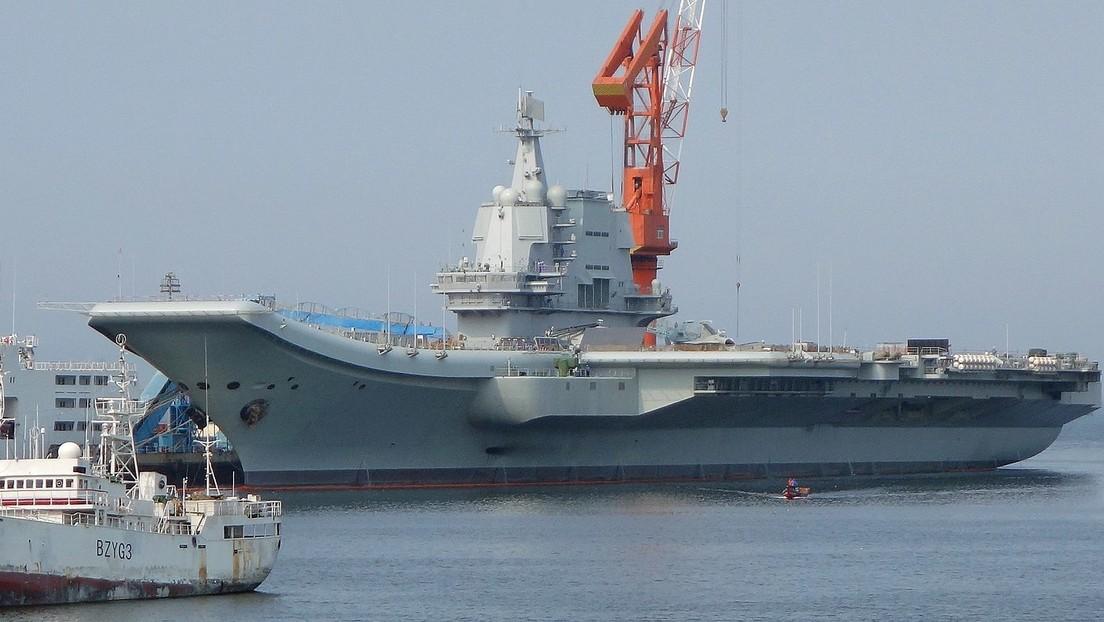 El primer portaviones chino de fabricación nacional se somete a pruebas en el mar (VIDEO)