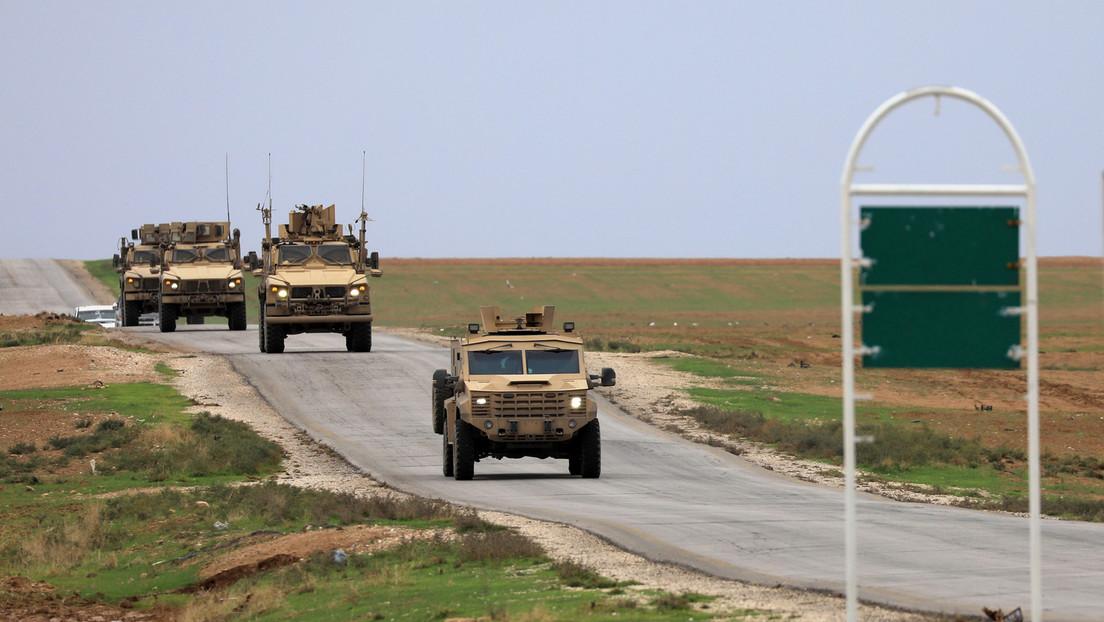 VIDEOS: Campesinos y soldados sirios paran y hacen retroceder una columna de vehículos estadounidenses