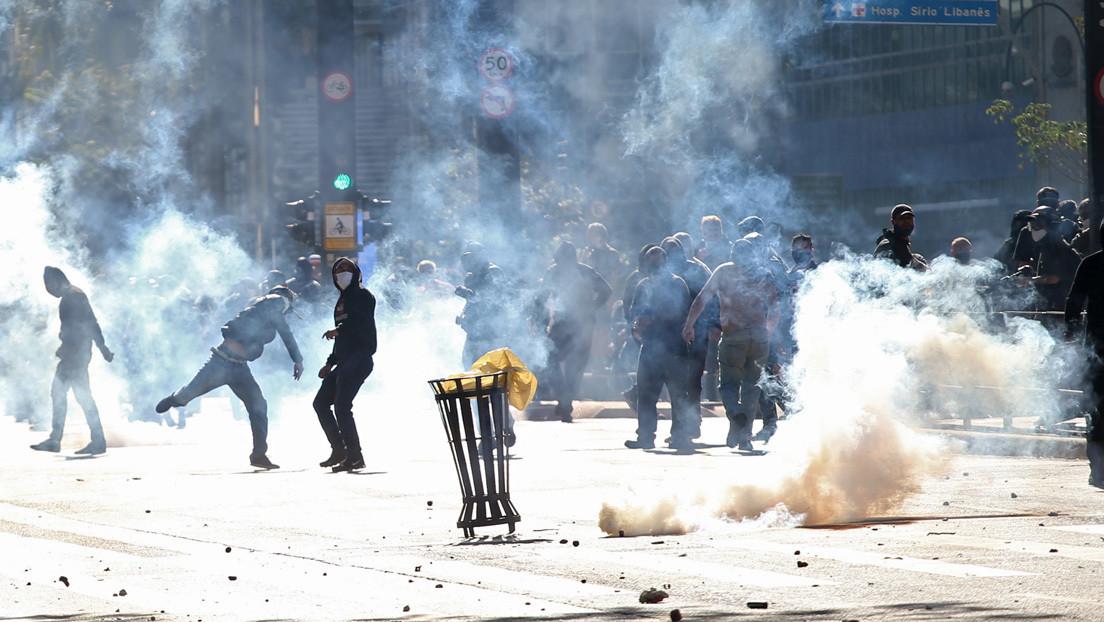 """Bolsonaro llama """"marginales y terroristas"""" a los manifestantes antifascistas en Brasil"""