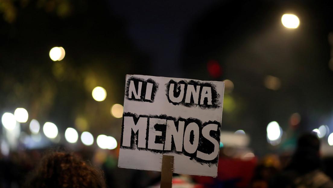 """Hombres violan en 'manada' a una menor en Argentina, pero el fiscal les reduce la pena por considerar que tuvieron un """"desahogo sexual"""""""