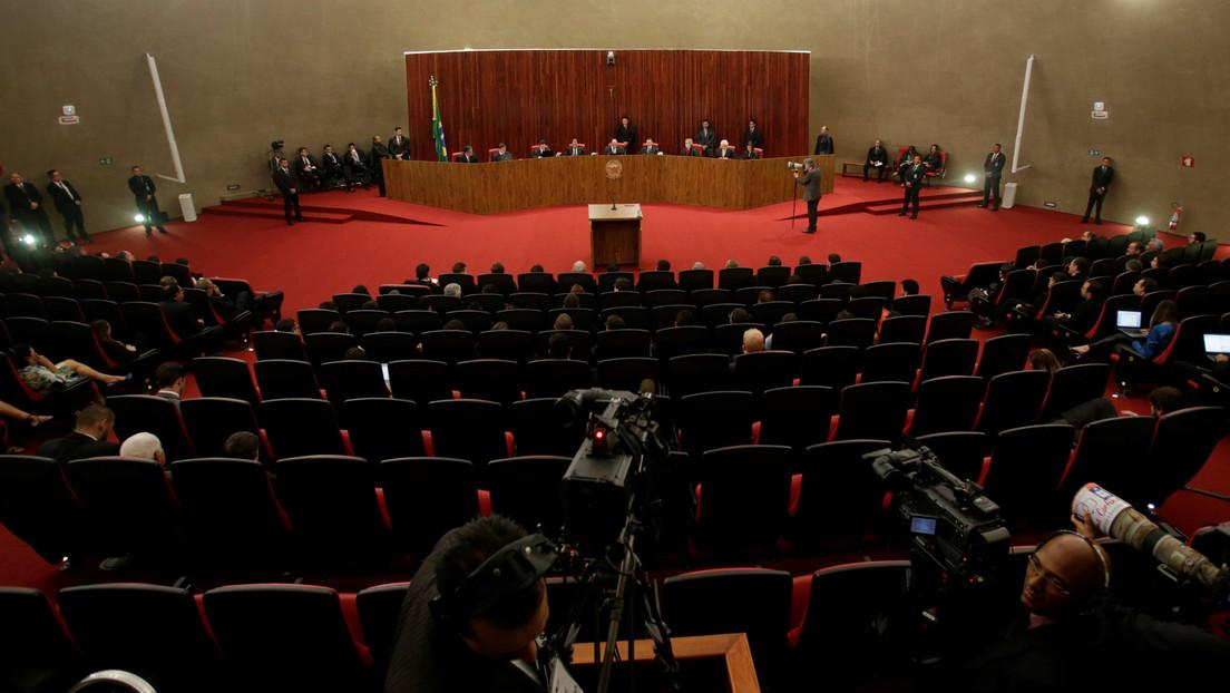 Tribunal Electoral de Brasil juzgará un caso de ataque cibernético que habría favorecido la campaña de Bolsonaro en 2018