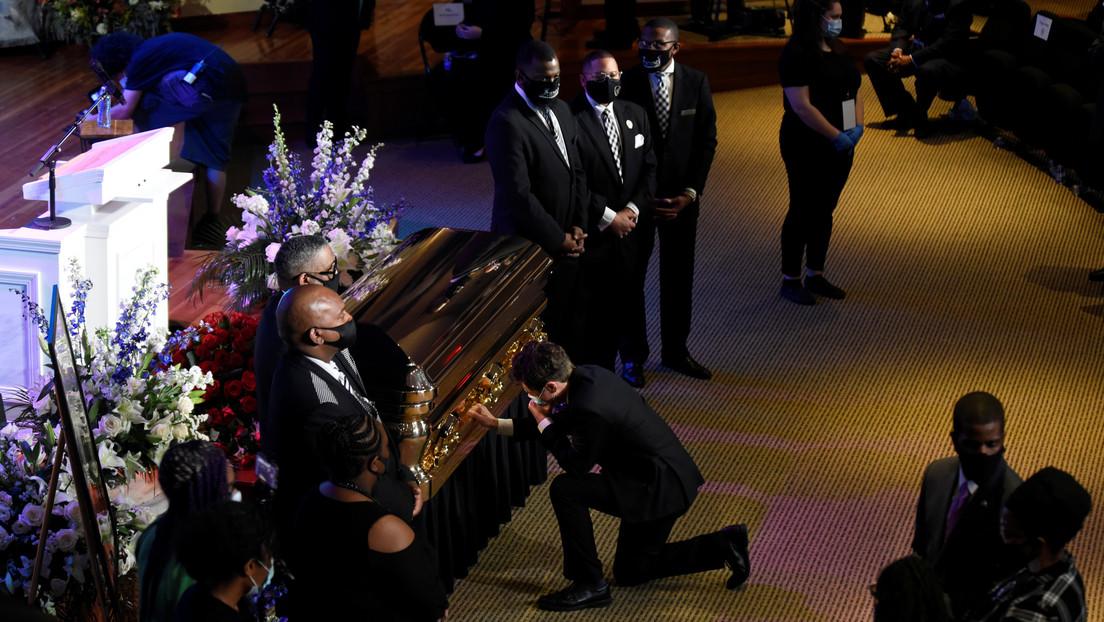 Cientos de personas se reúnen para rendir tributo a George Floyd en Mineápolis