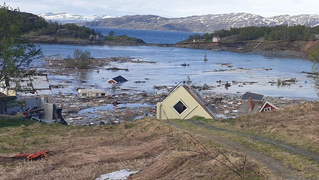 VIDEO: Un devastador deslizamiento de tierra arrastra al mar ocho casas en Noruega