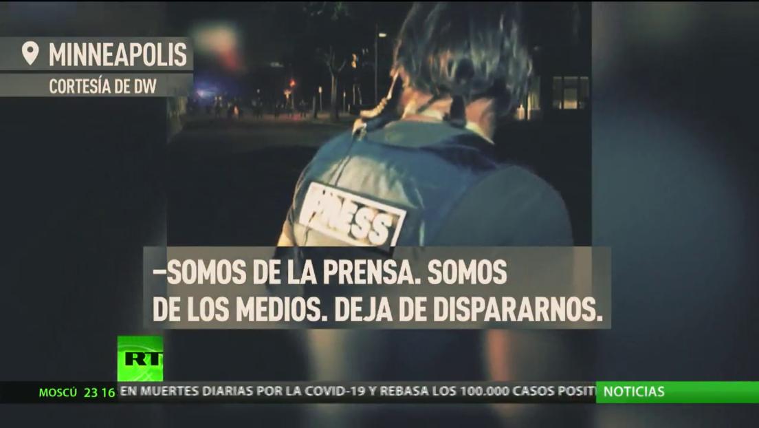 Brutalidad policial contra periodistas que cubren las protestas en EE.UU.