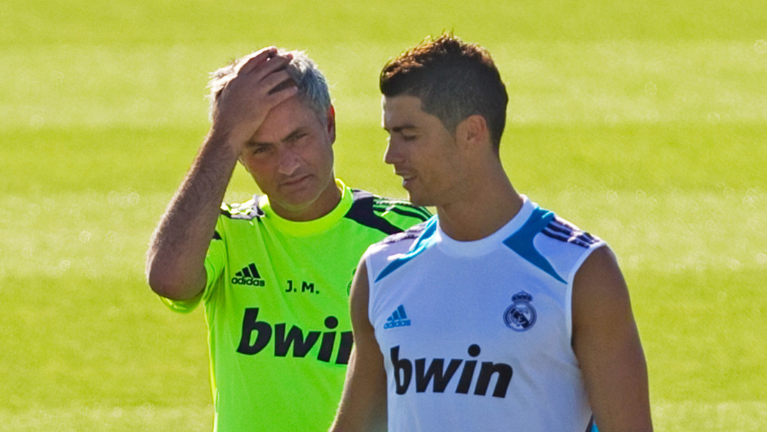 """El tenso y desconocido episodio en que Mourinho casi hace llorar a Ronaldo y por poco acaba en una """"verdadera pelea"""""""