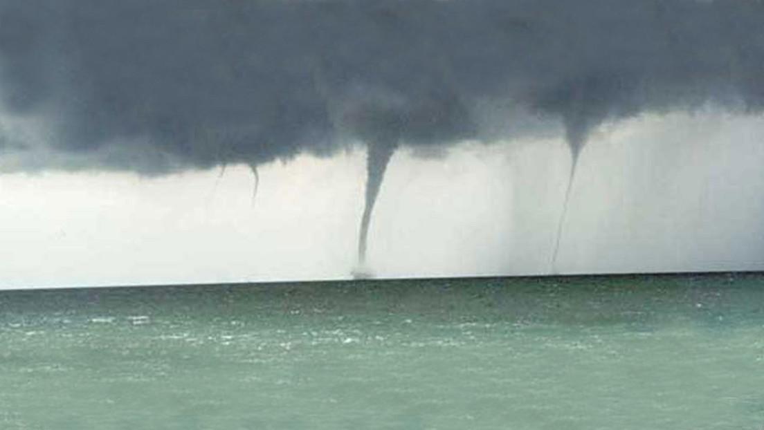 Captan tres tornados de agua que ocurrieron de forma simultánea (VIDEO)