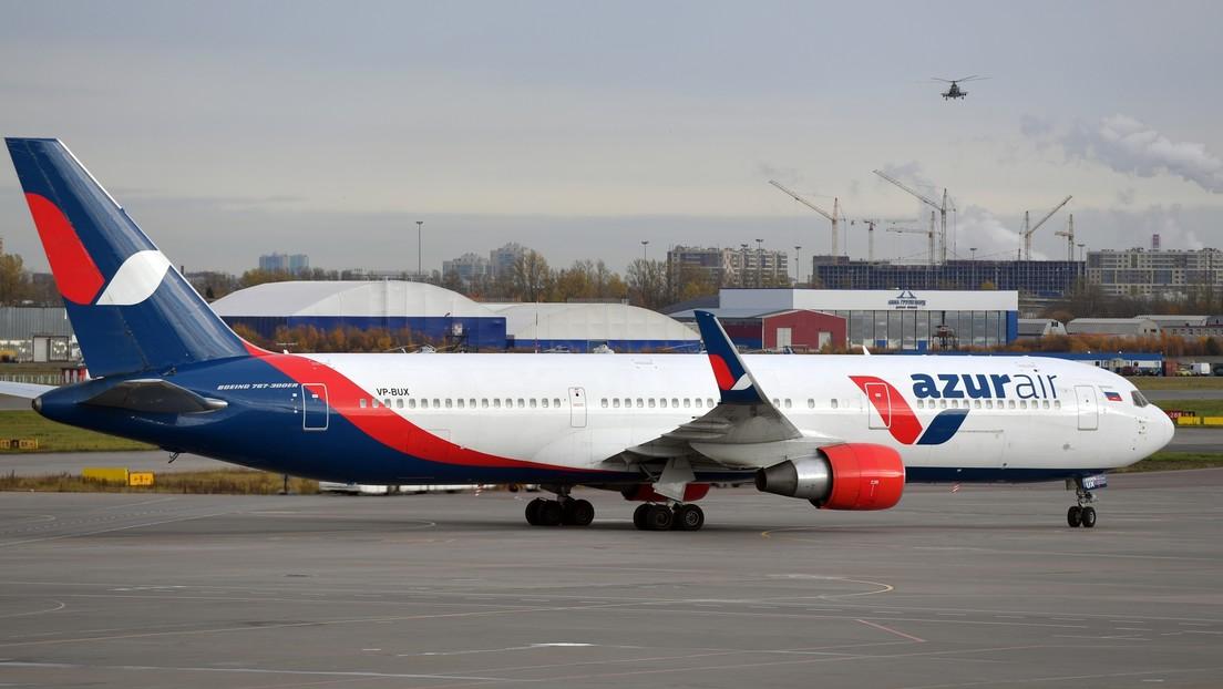 Aterriza en Moscú el avión que repatrió desde América Latina a más de 300 ciudadanos rusos