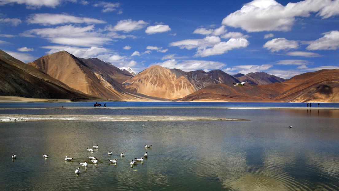 La India dice que acordó con China resolver pacíficamente las tensiones fronterizas en el Himalaya