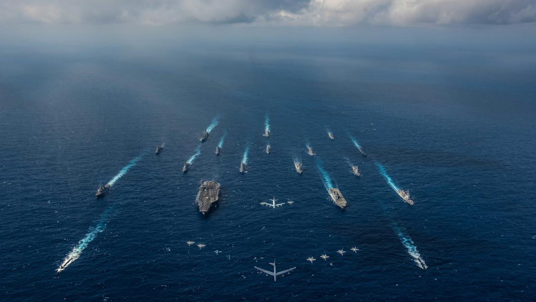 Agrupación naval de EE.UU. con el portaviones USS Ronald Reagan a la cabeza zarpa de Japón