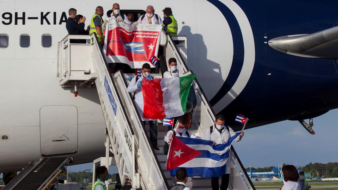 """""""Ustedes representan la victoria de la vida sobre la muerte"""": Cuba recibe con honores a brigadas médicas que combatieron el covid-19 en Italia"""