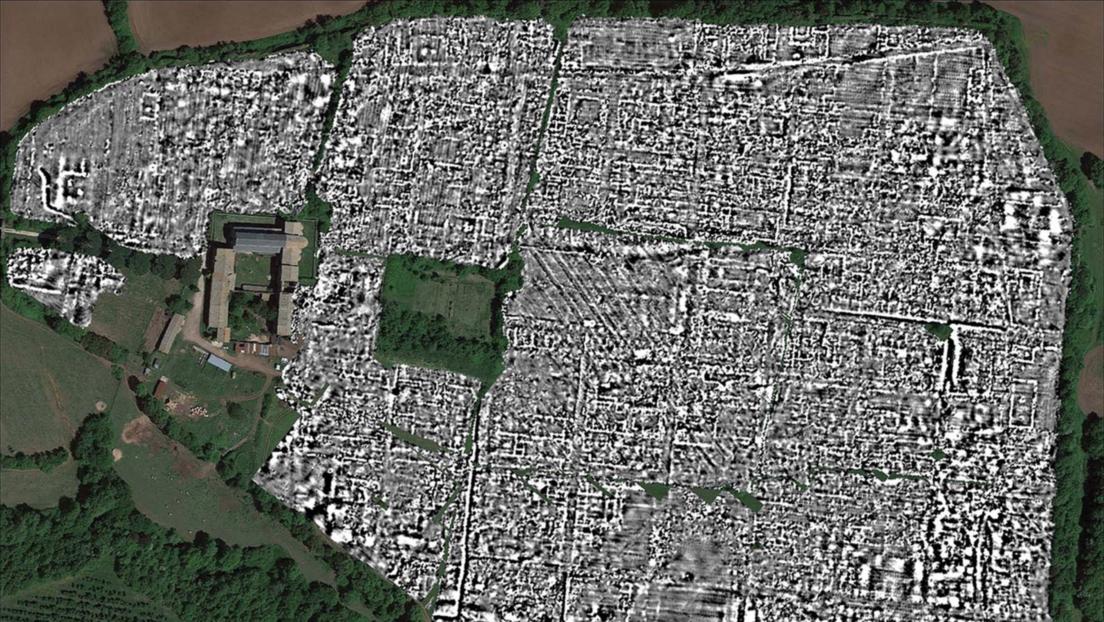 Mapean una ciudad enterrada de la Roma antigua sin necesidad de realizar excavaciones (FOTOS)