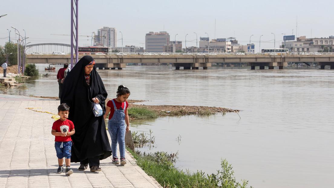 Irán penaliza el abuso infantil tras el brutal asesinato 'por honor' de una adolescente