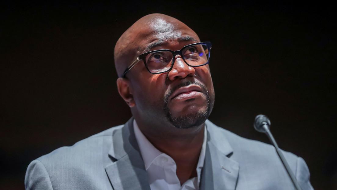 Hermano de George Floyd insta al Congreso a acabar con el sufrimiento de los ciudadanos negros en EE.UU.