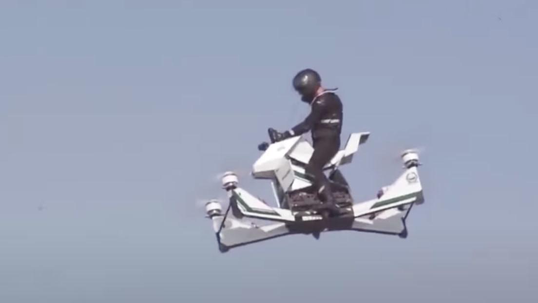 VIDEO: Un piloto se estrella con su aeromoto desde gran altura