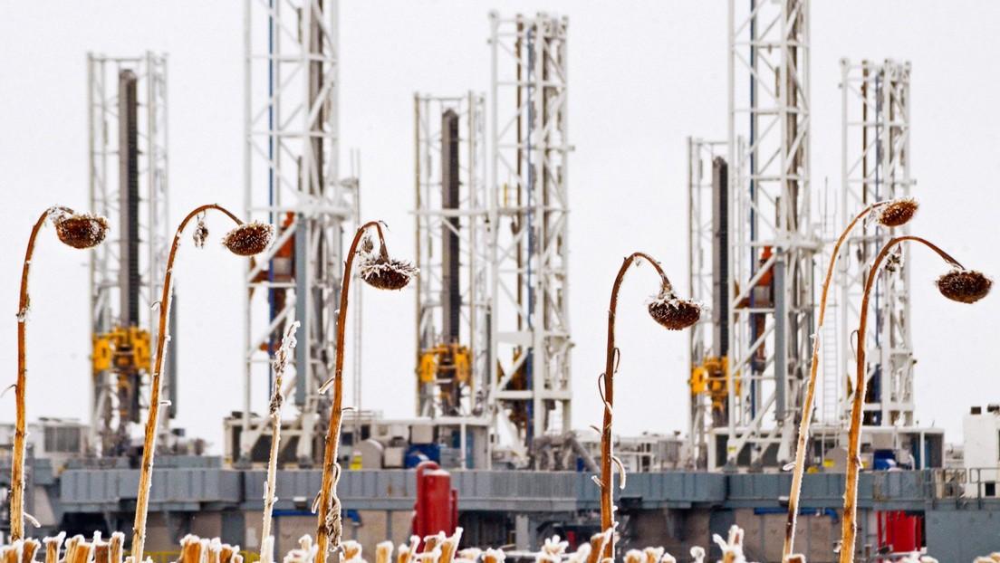El petróleo Brent y el WTI caen ante temor a una segunda ola del covid-19