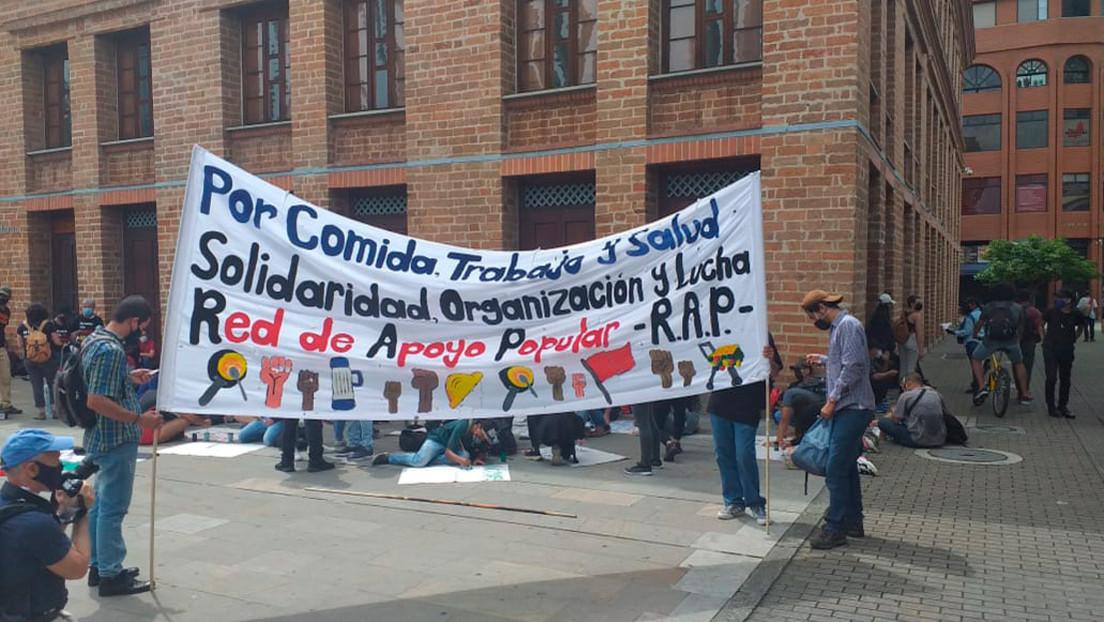 Protestas contra las medidas del gobierno colombiano durante la pandemia terminan con detenciones y represión en Medellín