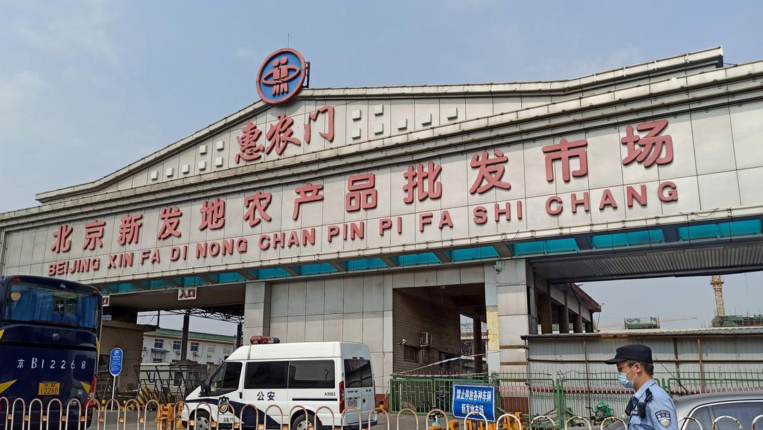"""El Ayuntamiento de Pekín califica de """"extremadamente grave"""" la situación del coronavirus en la ciudad"""
