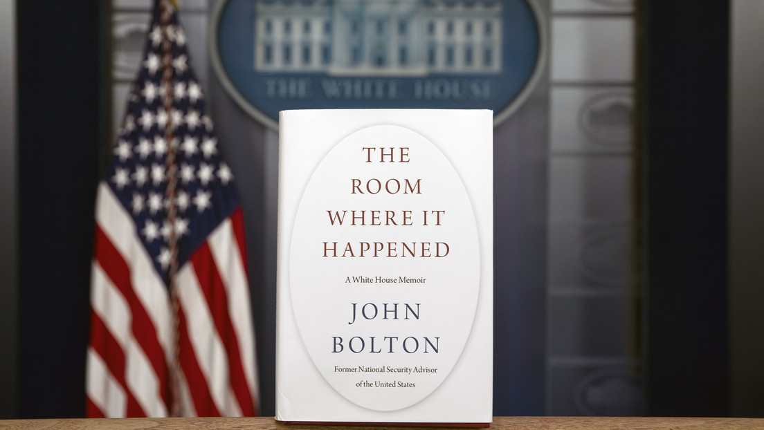 Las revelaciones sobre Trump del polémico libro de Bolton que quiere prohibir la Casa Blanca
