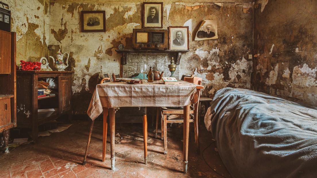 Casa abandonada se convierte en una 'cápsula del tiempo' tras mantener intactos objetos de hace más de un siglo (FOTOS)