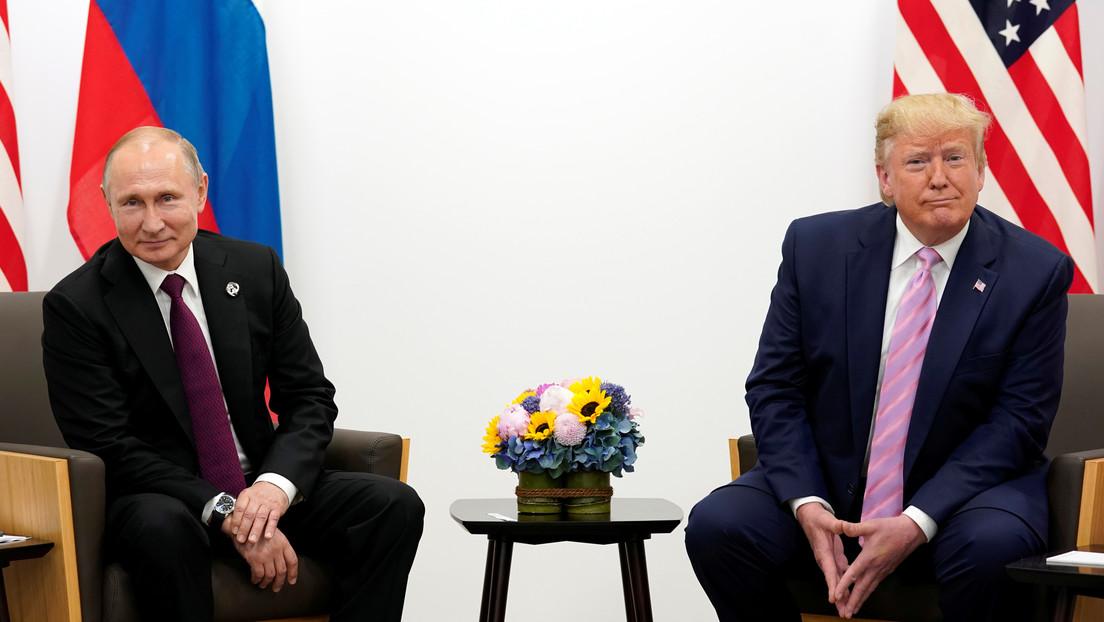 """""""Putin no puede manejar a Trump como si fuese un violín"""": el Kremlin responde a las afirmaciones de Bolton de que el presidente ruso manipula a Trump"""
