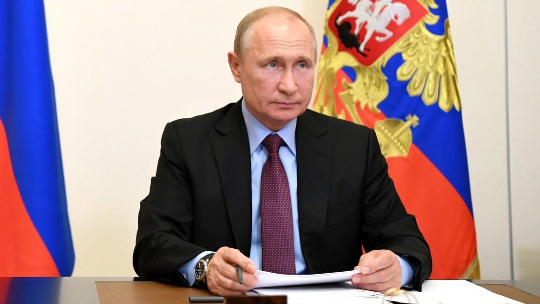 """""""Son verdaderos héroes"""": Putin agradece a los médicos rusos por mantener """"al mínimo"""" los fallecimientos por coronavirus"""