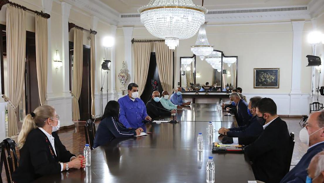 Maduro confirma que sostuvo una reunión de dos horas con representantes de la oposición venezolana