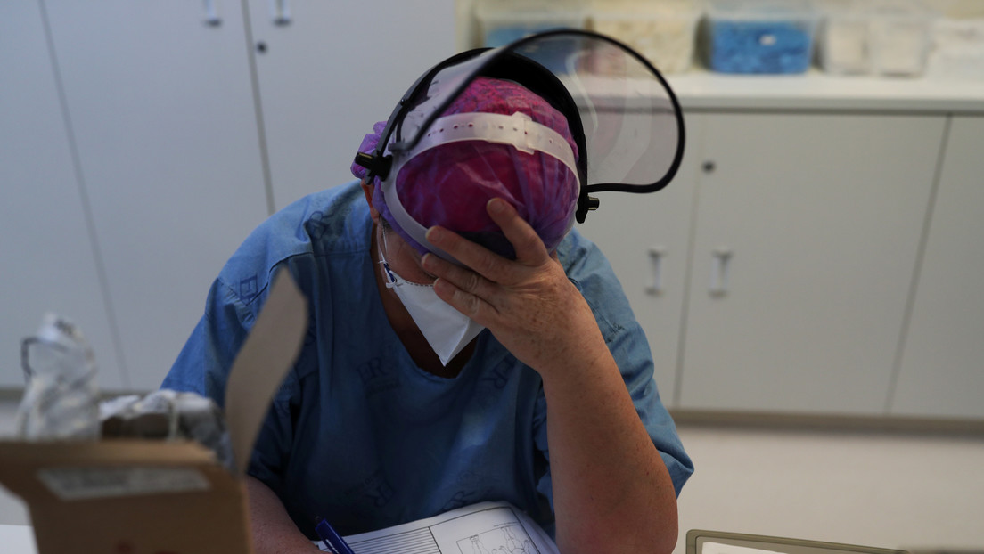 Un estudio sugiere que los pacientes con covid-19 sufren más trastornos de salud mental que quienes contrajeron el SARS