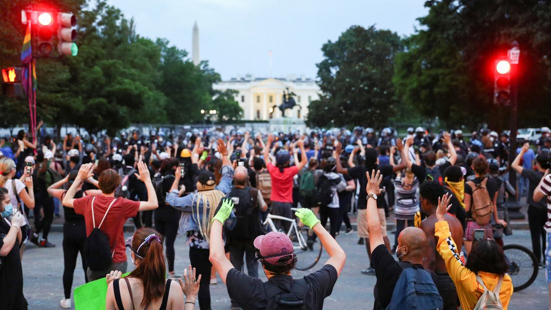 "Manifestantes crean en Washington una ""Zona Autónoma de la Casa Negra"" (VIDEOS)"