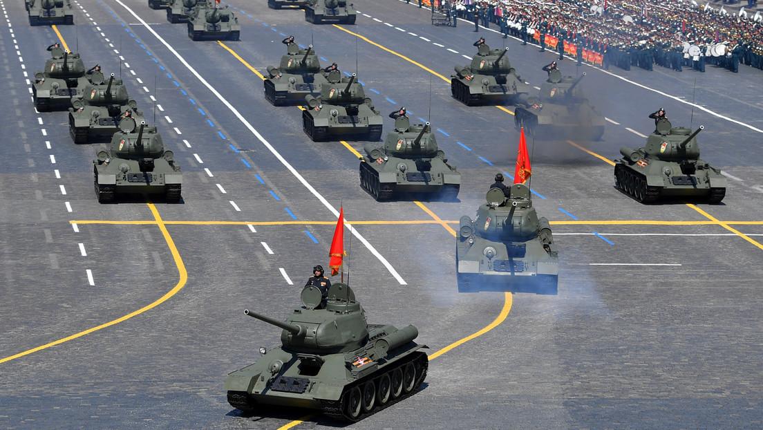 VIDEO: Muestran el interior de un tanque durante el Desfile de la Victoria en la Plaza Roja